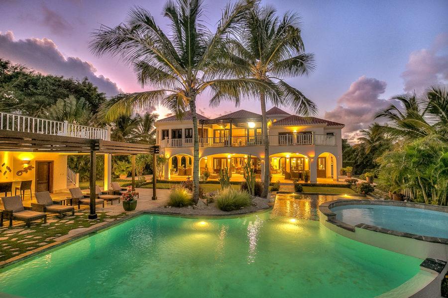 Domy u moře na prodej